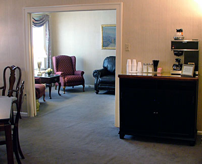 The lounge - Refreshment amenities